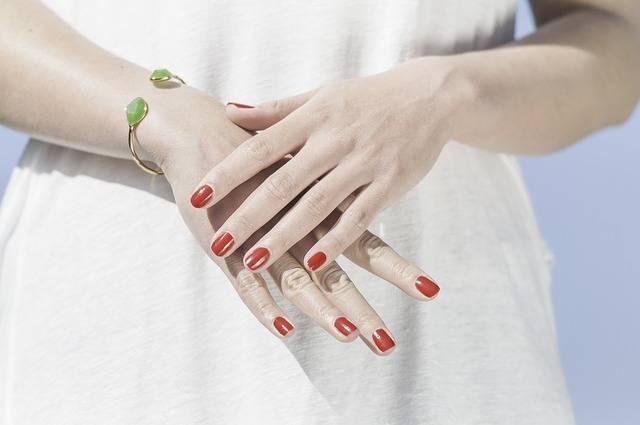 trattamenti per unghie